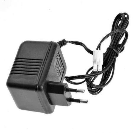 Chargeur Secteur De Batterie NiMH & NiCd 8.4V - 603357
