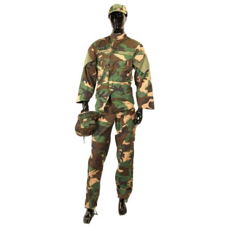 Tenue Complete Camouflage Kit Dpm Swiss Arms 610112 (Taille L)